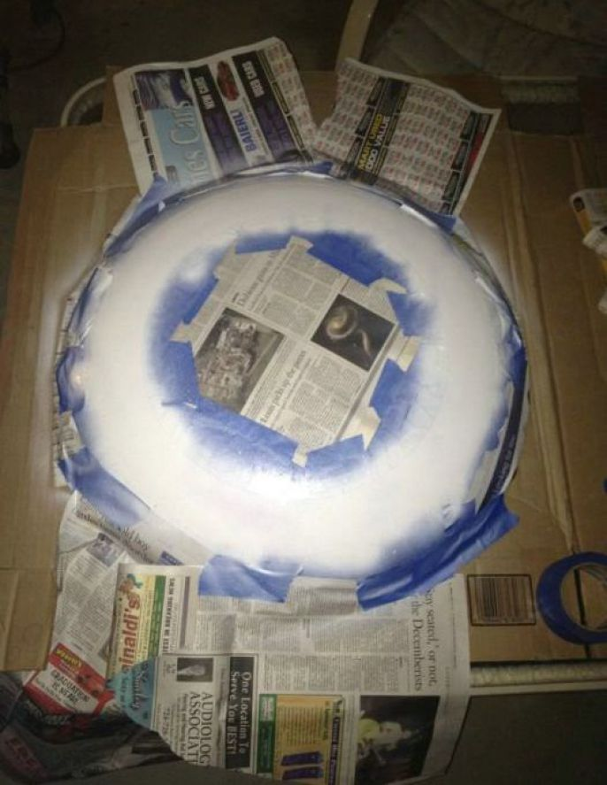 Again use tape and newspaper to help keep other colors perfect