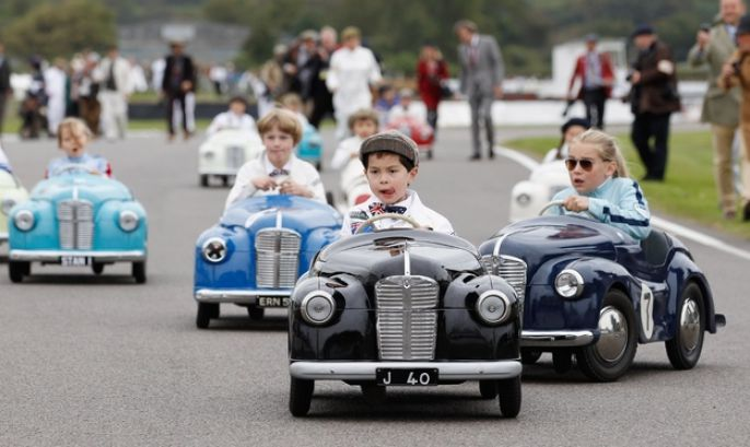 Goodwood Revival Nostalgic Race