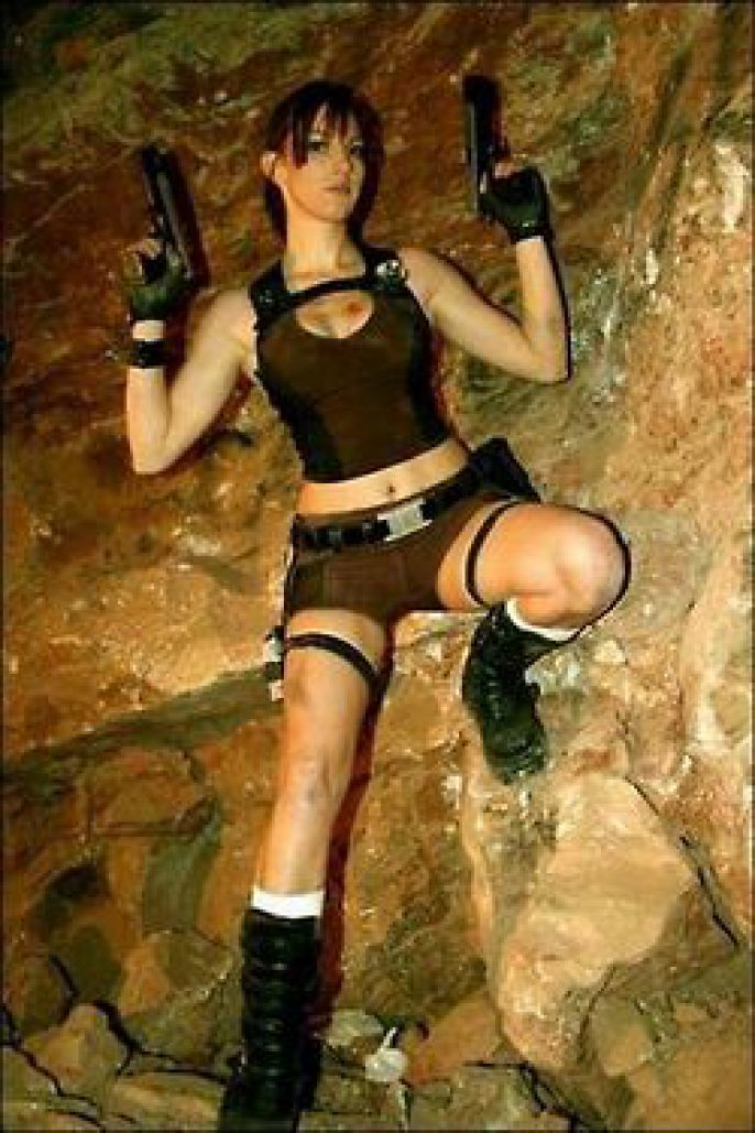 Tomb Raider on the rocks