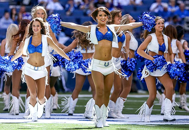 Colts Cheerleaders mid Field