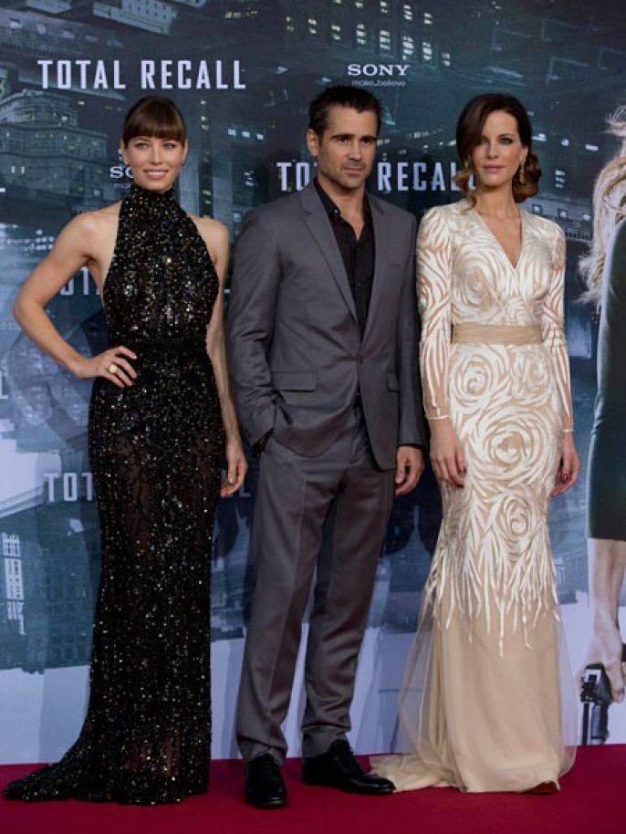 Kate Beckinsale, Jessica Biel, Colin Ferrell Red Carpet for Total Recall