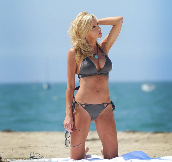 Camille Grammer enjoying the nice weather