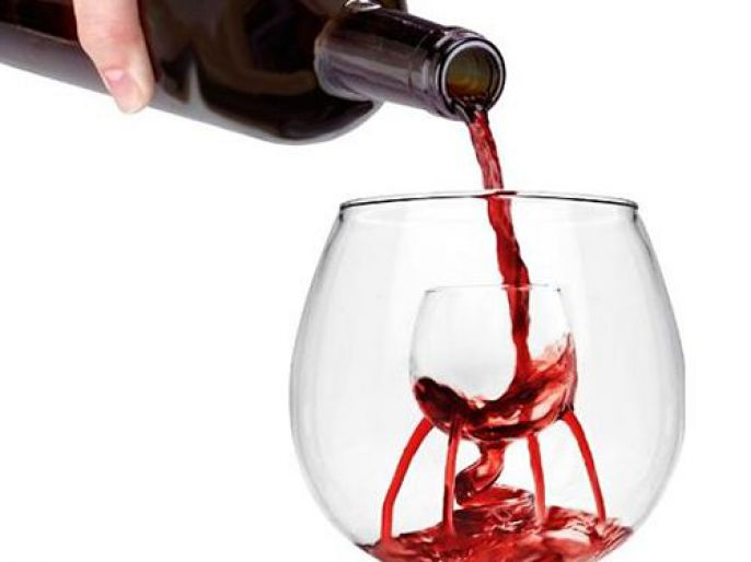 Odd Products inner wine glass