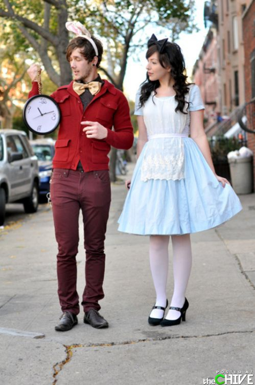 Hipster Alice in Wonderland Cosplay