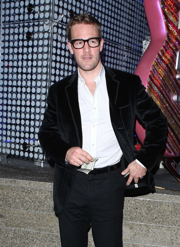 Hipster James Van Der Beek