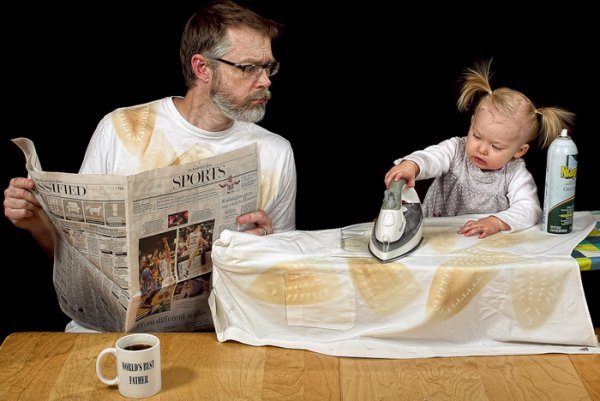 """World's Best Father"" Photo Series to Be Made Into Calendar 