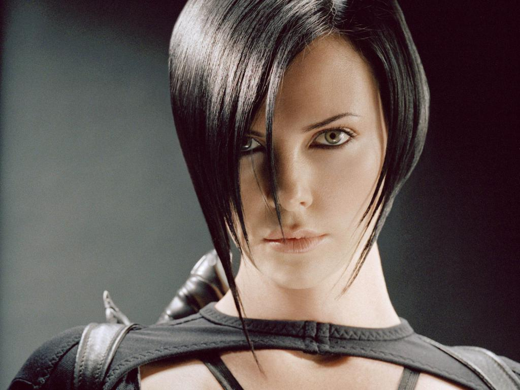 Aeon Flux: Charlize Theron