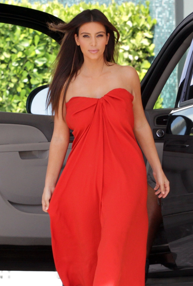 Kim Kardashian In Lanvin ...Without A Bra