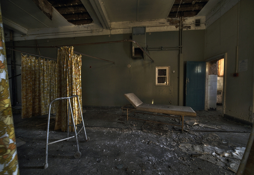 Haunting Pictures Of Abandoned Asylums