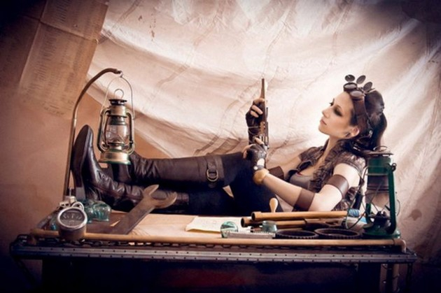 40 Sexy Photos of Hotties who love Steampunk