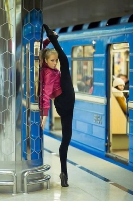 Disgustingly Flexible Human Beings от Kaye за 19 oct 2012