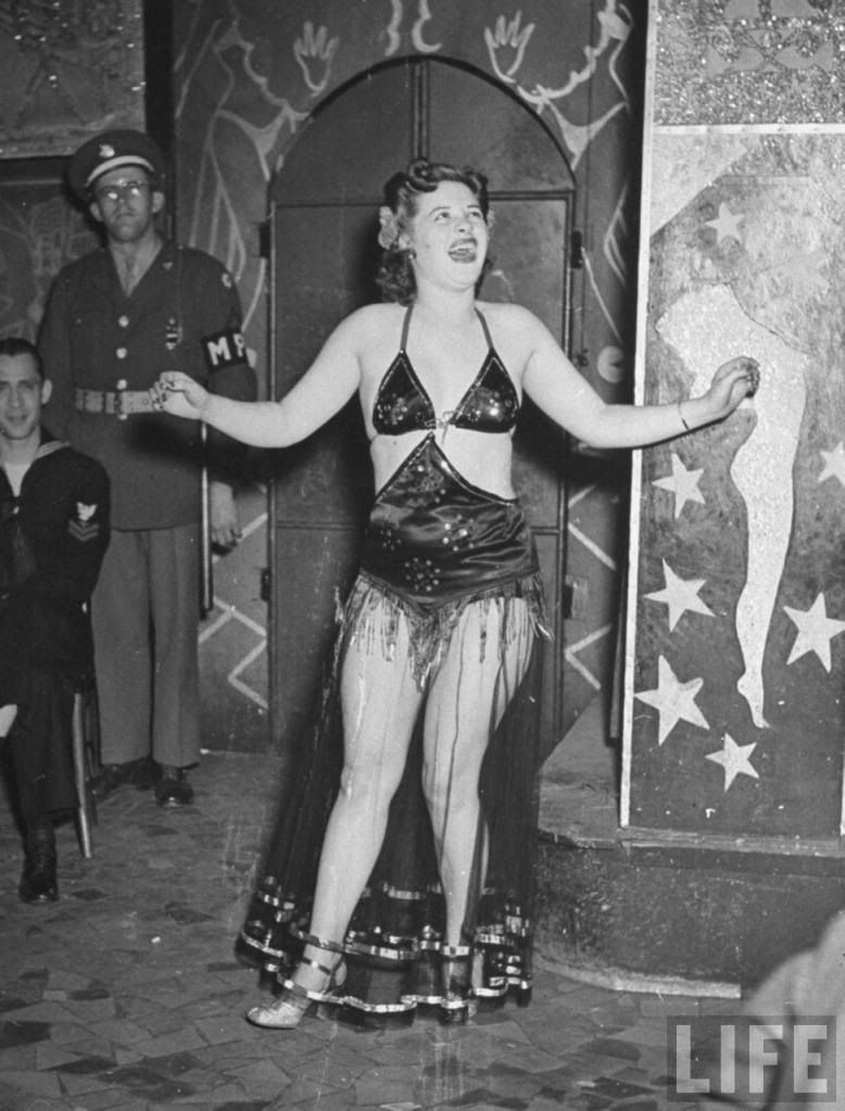 Strip Club in New Orleans in 1943 от Helen за 22 oct 2012