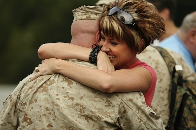 Heartwarming Photos Of Military Families Reunited от Veggie за 22 oct 2012