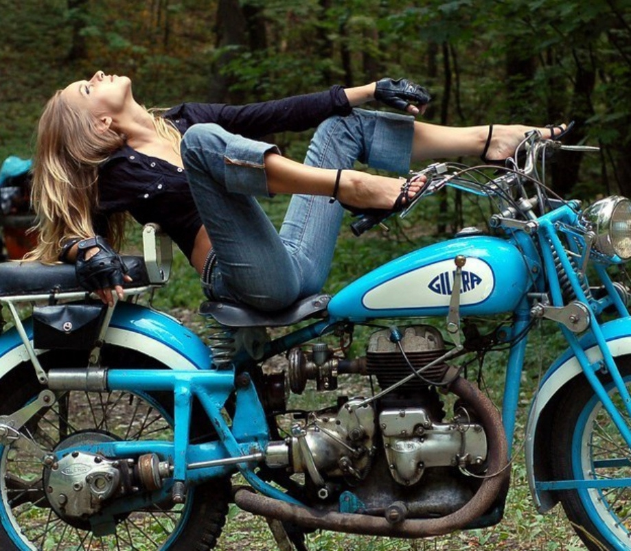 Women and Motorcycles от mick за 23 oct 2012