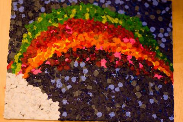 Inspired Ways To Create Melted Crayon Art от Veggie за 28 oct 2012