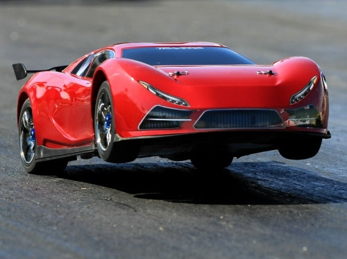 Fastest RC car: from 0-60 in 2.3 seconds от Veggie за 05 nov 2012