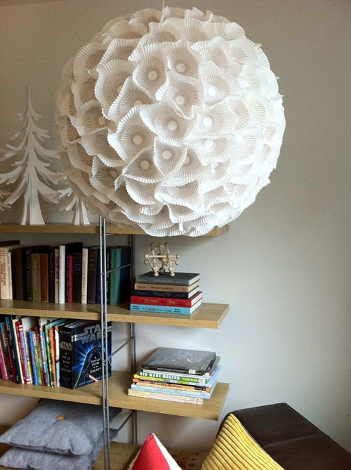 Make an orb light using paper.
