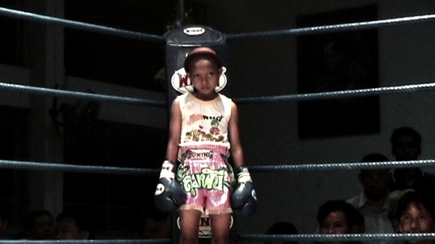 Eight-Year-Old Girl Muay Thai Boxers: WTF?