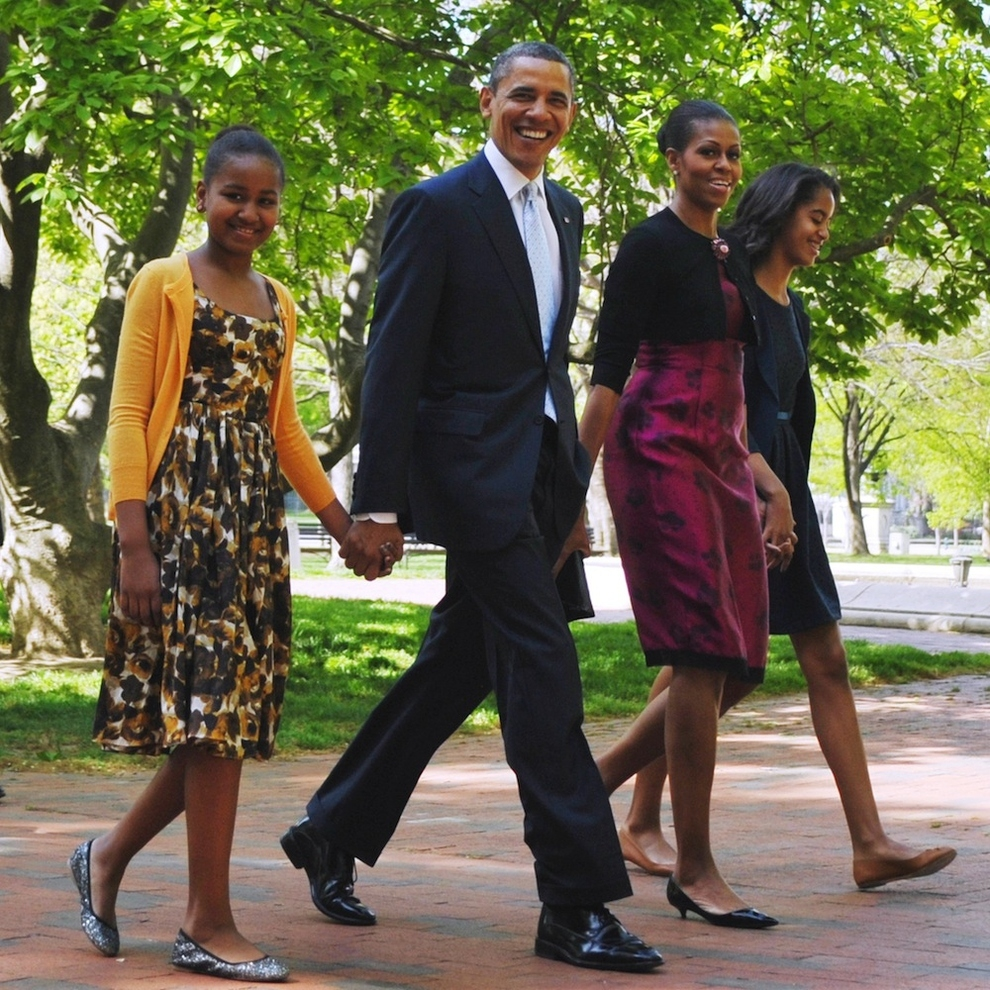 The Sasha And Malia Obama Timeline от mick за 09 nov 2012