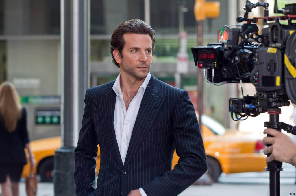 Bradley Cooper Likes the Wet Look от mick за 03 dec 2012