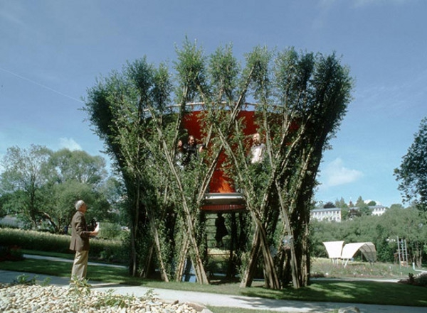 Terrific Treehouses: 10 Brilliant Topiary Masterpieces