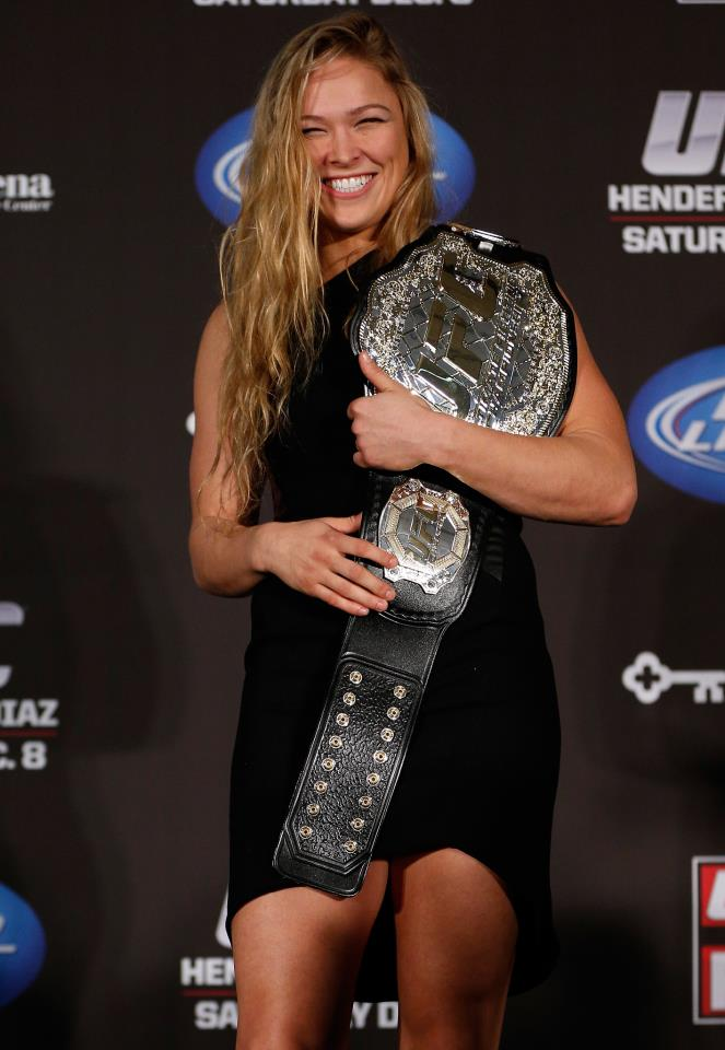 Miesha Tate Vs. Ronda Rousey: Who is More attractive? от Veggie за 07 dec 2012
