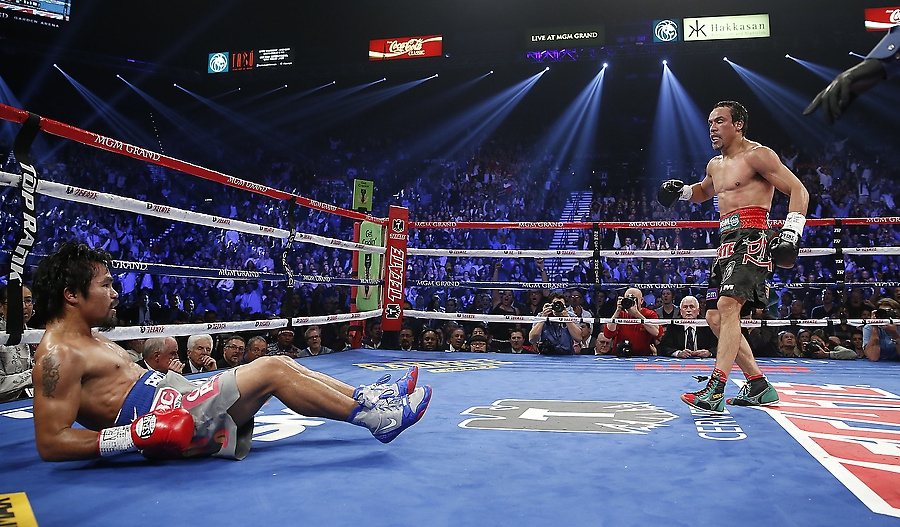 Juan Manuel Marquezknocks out Manny Pacquiao Like it's Nothing!