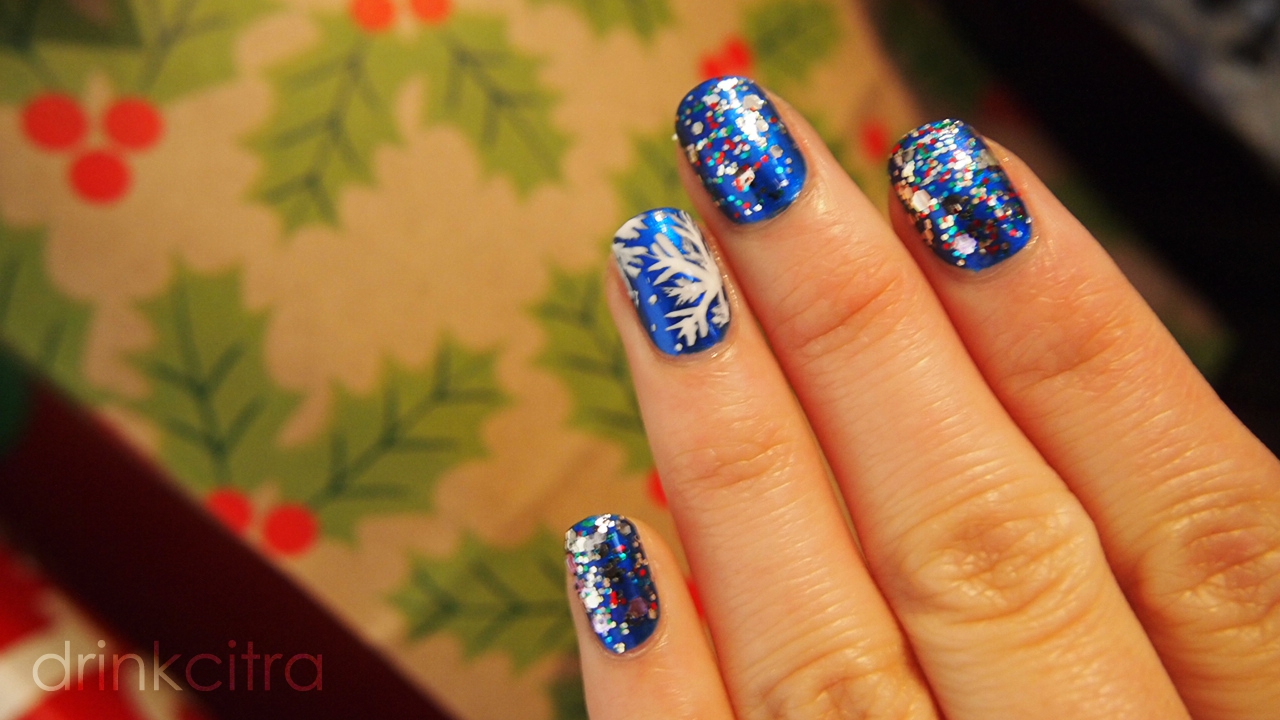 Holiday Nails With Pizzaz