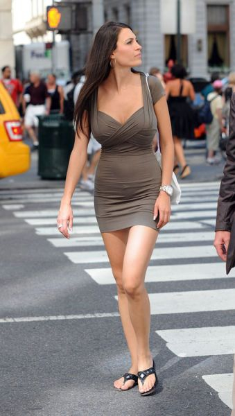 Beautiful Girls In Tight Dresses от Helen за 14 dec 2012