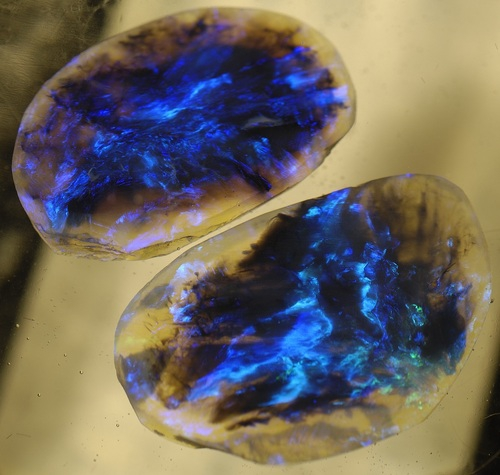 Lightning Ridge Black Opal is Amazing