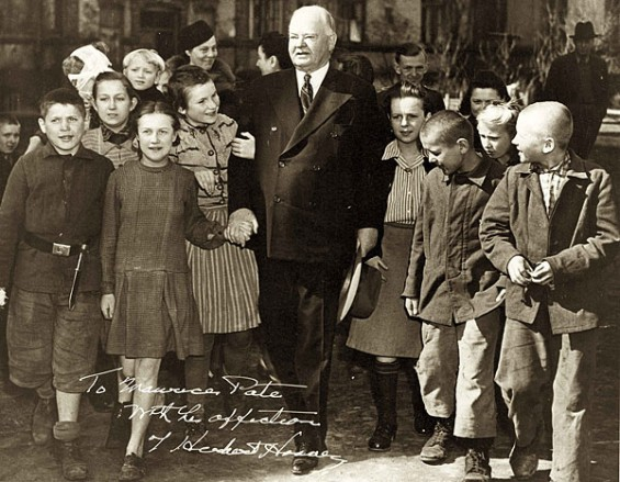 US Presidents With Little Kids, Looking Cute!