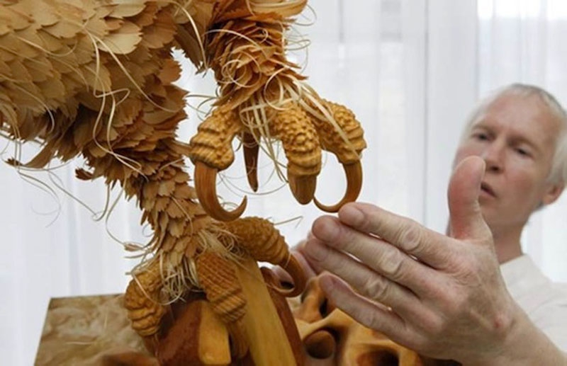 Intricate Animal Sculptures Made from Wood Chips
