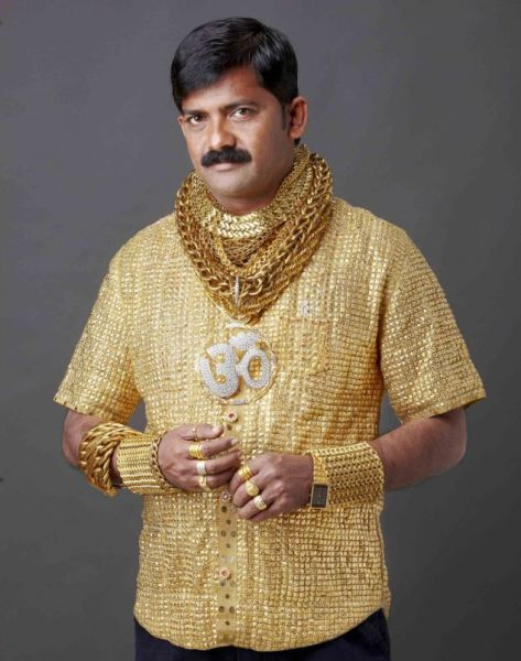 Wealthy Man Wears Golden Shirt to Get the Ladies