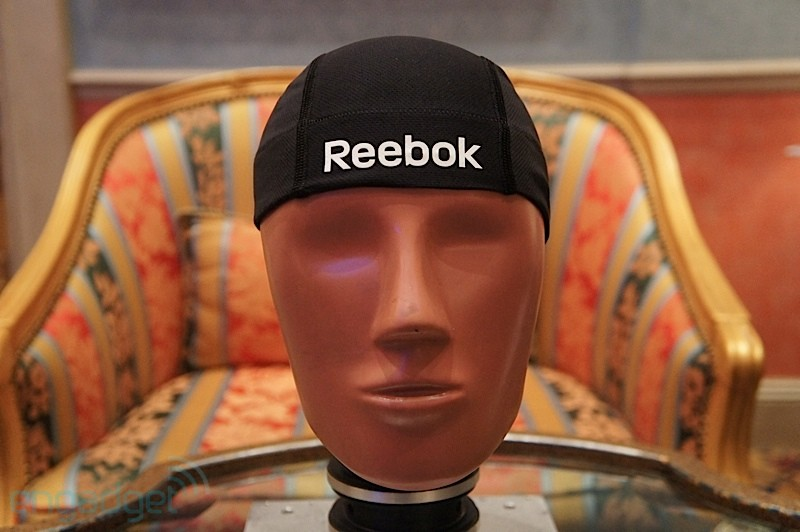 Reebok and MC10 Build Head Impact Indicator от Veggie за 13 jan 2013
