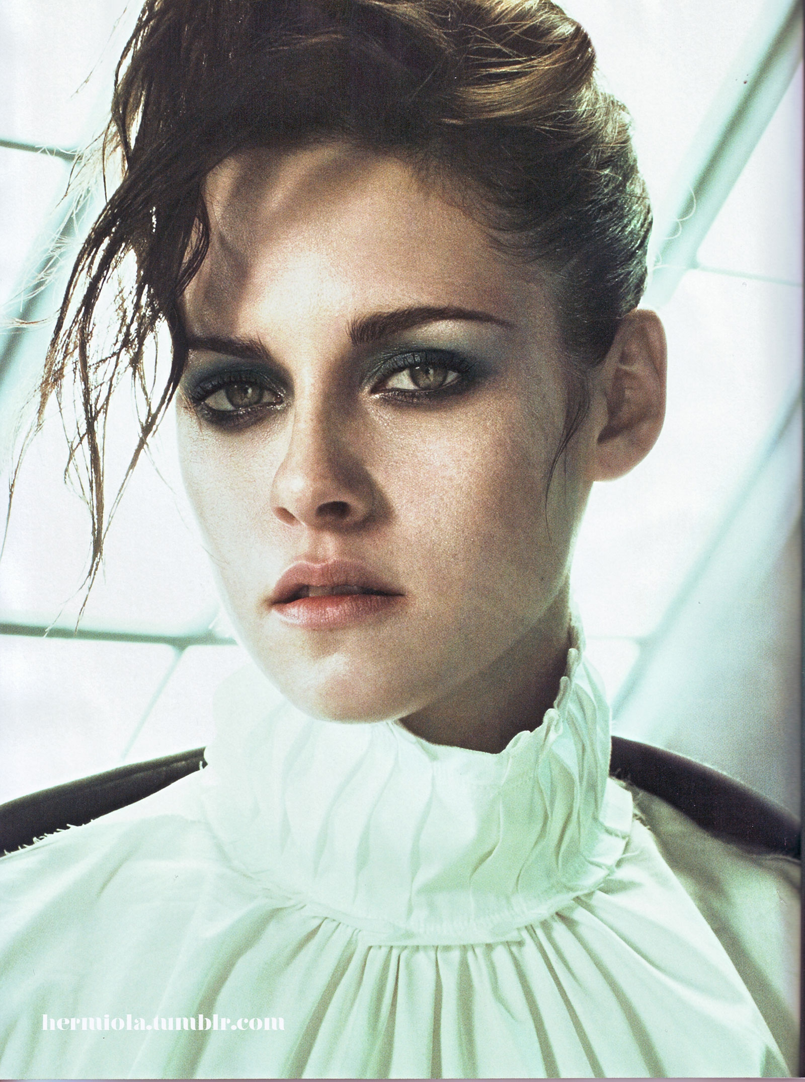 Kristen Stewart's Shockingly Sexy Photo Shoots!!!