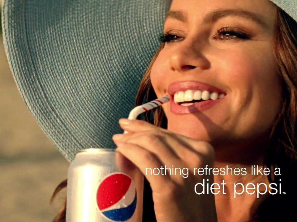 Sofia Vergara's Pepsi Commercial Is As Sexy As 23 Years Before!!
