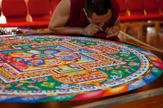 Tibetan Sand Mandals - The Sacred Art of Painting with Colored Sand