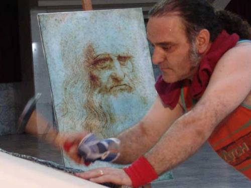 Leonardo DaVincci got Nailed!