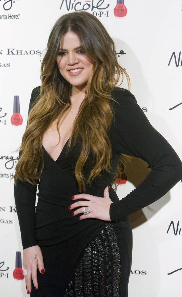 "New Kardashians ""Pregnant Sisters Show"". Is Khloe Finally Pregnant?"