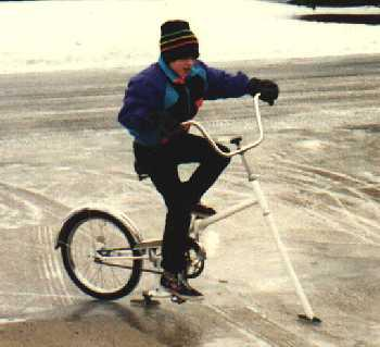 The Road is Too Icy for Your Bike? Here's What You Need от Marinara за 30 jan 2013