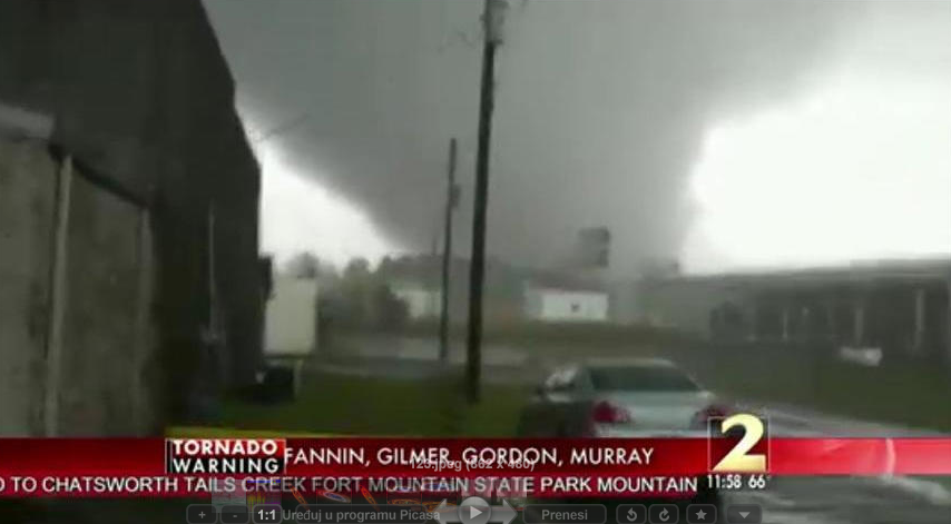 Deadly Tornado Slams Through Georgia от Marinara за 01 feb 2013