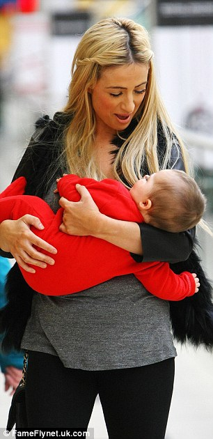 Chantelle Houghton Dotes on Baby Dolly