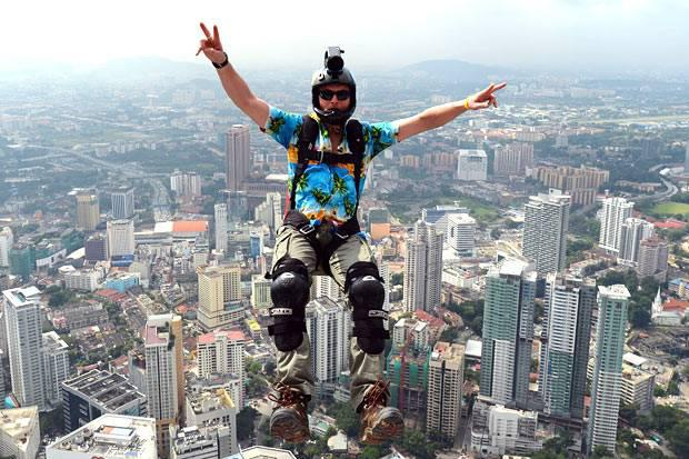 Disco Base Jumpers Decorate the Skies