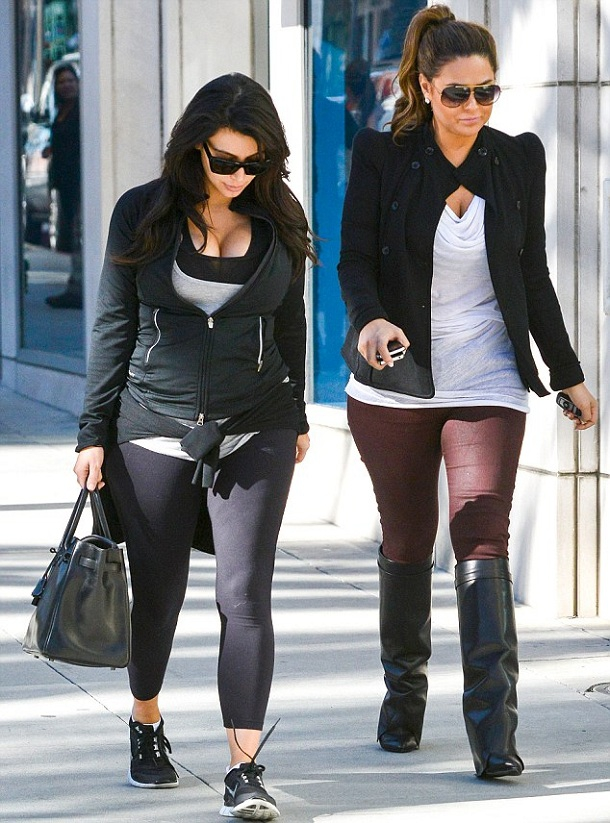 Kim's New Baby Bump Pix!