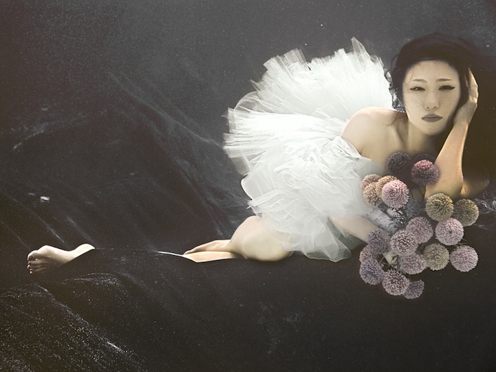 Poetic Photos of a Beautiful Bride Submerged Underwater