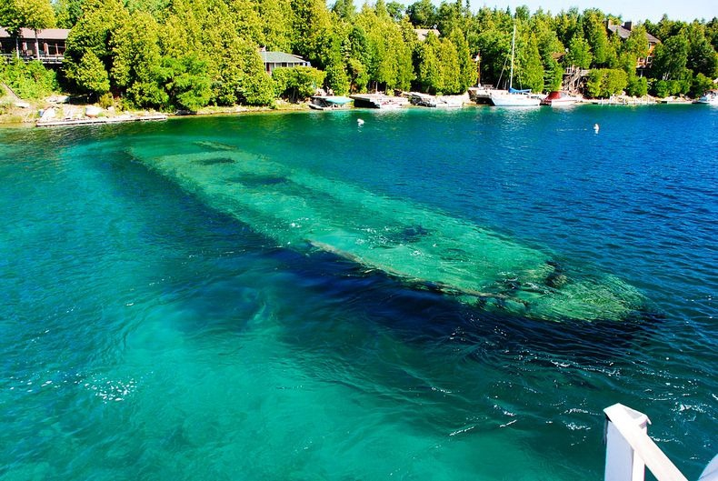Shipwrecks at Big Tub Harbour in Lake Huron