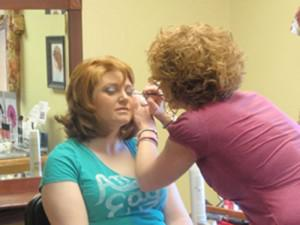 Military Wives Get Free Makeovers for Valentines Day! от Marinara за 14 feb 2013