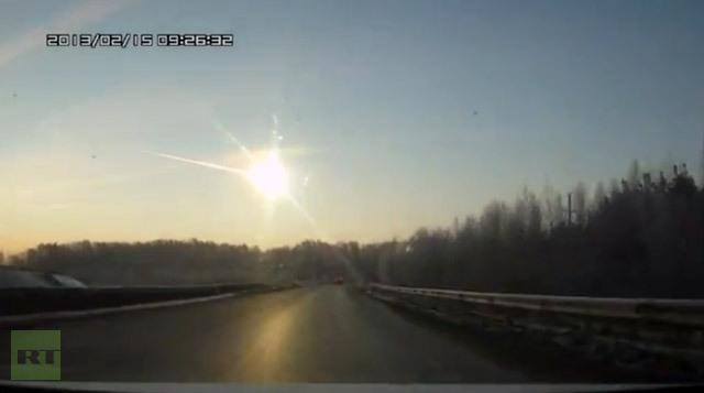 Meteor Hits Russia, Craaaazzzyyy...This Is Some Serious Stuff
