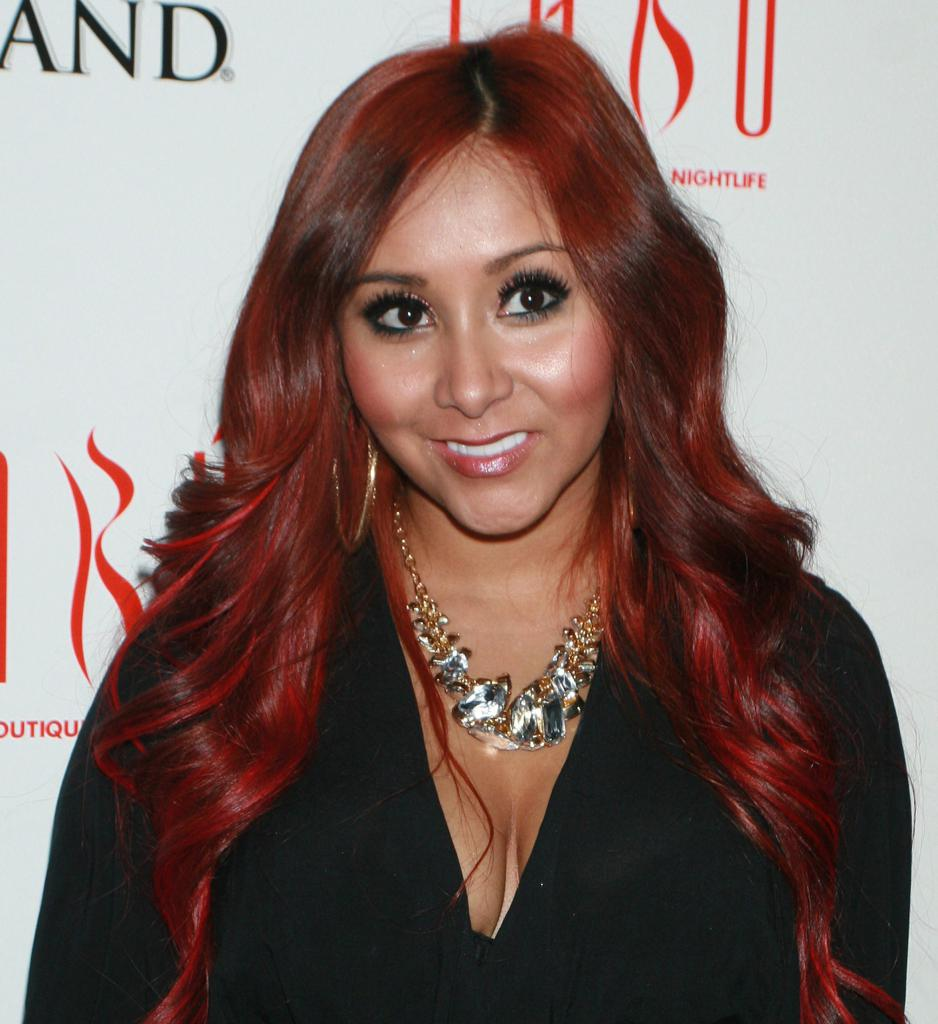 Snooki's Vaj Rips During Childbirth