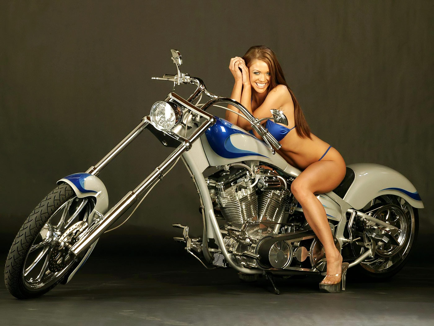 Pictures women on motorcycles sexy pics
